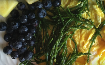 Healthy Sea Asparagus and Eggs Scramble